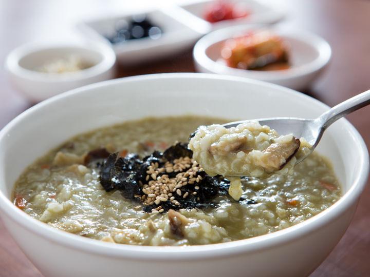 韓国の郷土料理『粥』をソウル明洞で食べるならココ!韓国料理をお値打ちに食べられます!