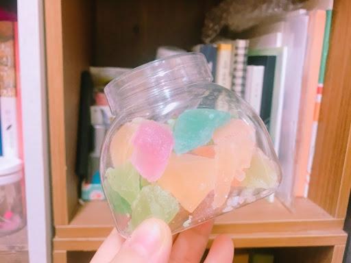 数年前から韓国でブーム!!琥珀糖(코하쿠토)が宝石みたいでキレイ!